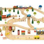 Djeca obožavaju igranje vlakovima