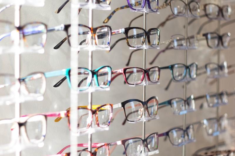 Naočale s dioptrijskim staklima